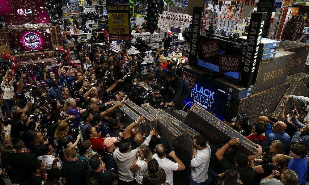 La locura del 'Viernes Negro' invade el mundo