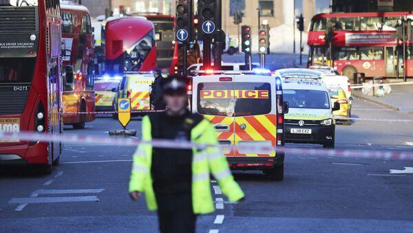 Lugar del tiroteo en el Puente de Londres - Sputnik Mundo