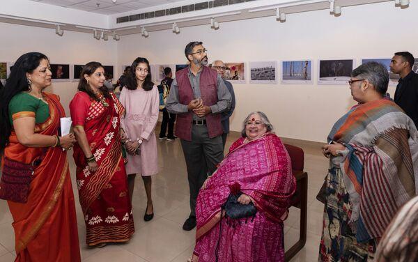 La exposición de fotos de ganadores del concurso Andréi Stenin 2019 en Nueva Delhi  - Sputnik Mundo