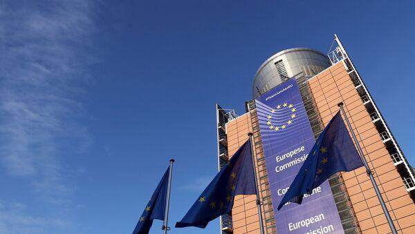 Sede de la Comisión Europea en Bruselas - Sputnik Mundo