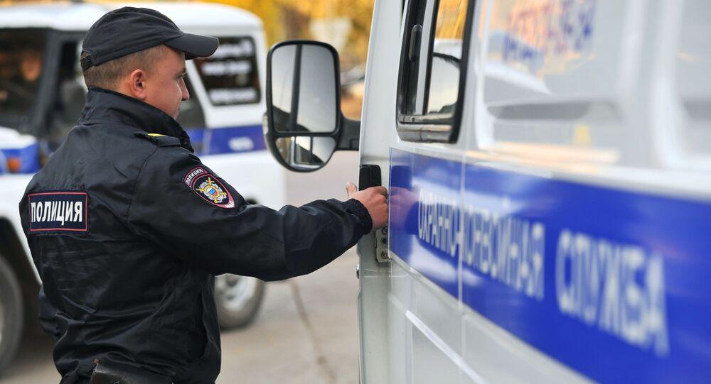 Un policía ruso