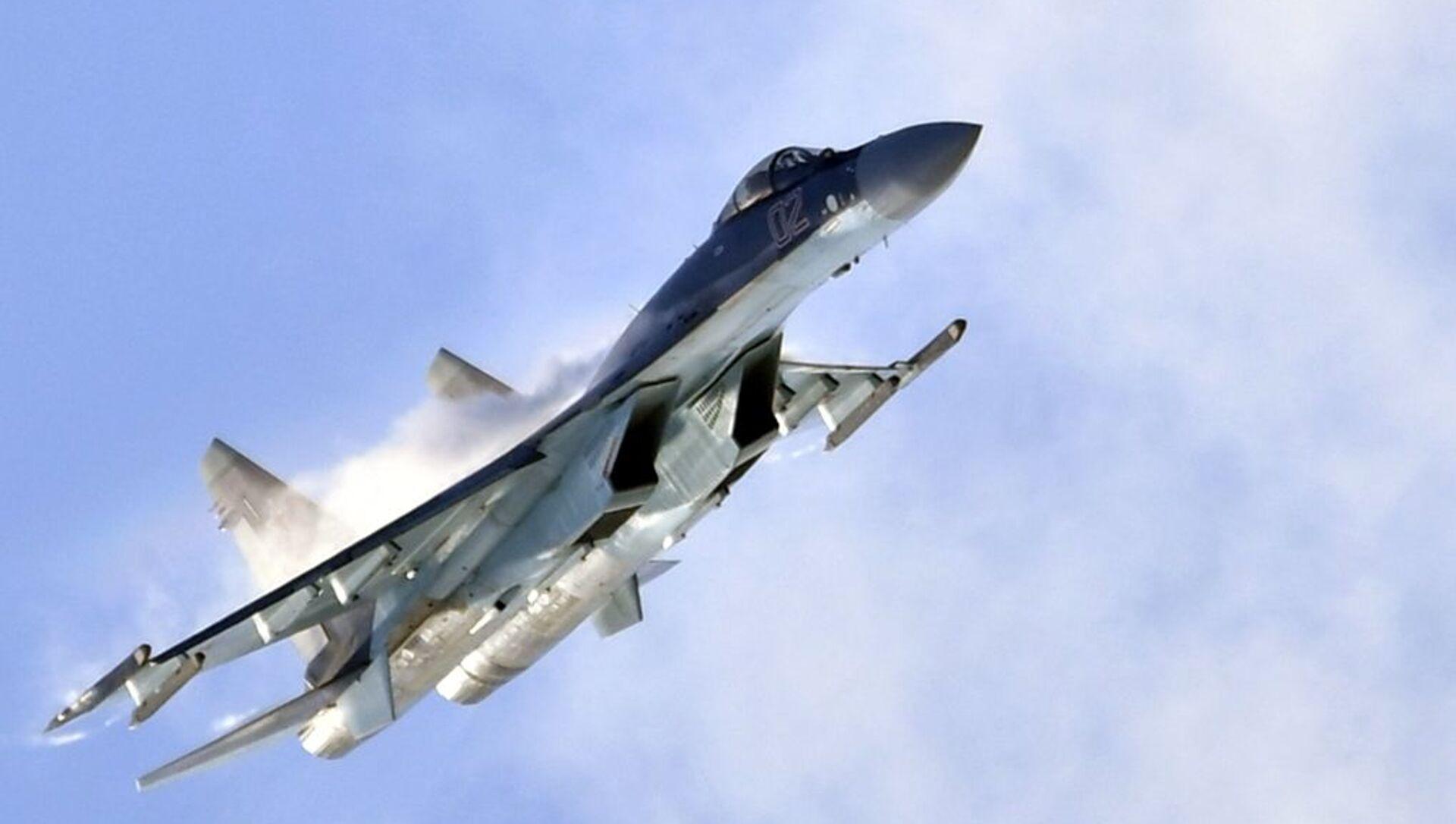 El caza ruso Su-35S en el salón aeroespacial MAKS 2019 - Sputnik Mundo, 1920, 02.03.2021