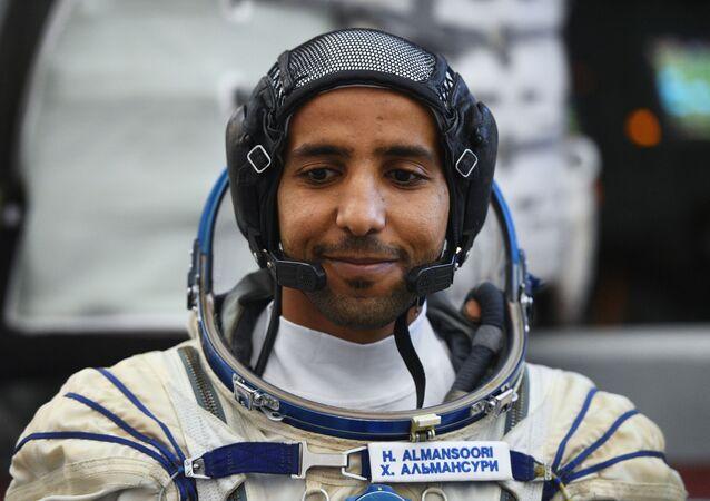 El primer astronauta de los Emiratos Árabes Unidos, Hazzaa Mansoori