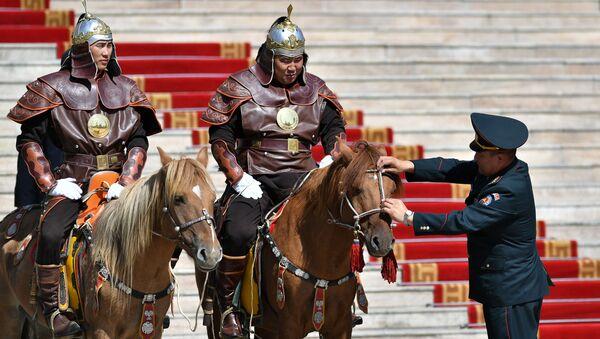 Jinetes mongoles (imagen referencial)  - Sputnik Mundo