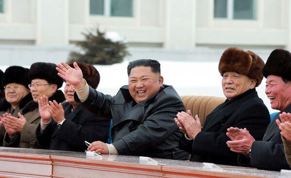 Utopía socialista: Kim Jong-un inaugura una nueva ciudad cerca del monte sagrado Paektu - Sputnik Mundo