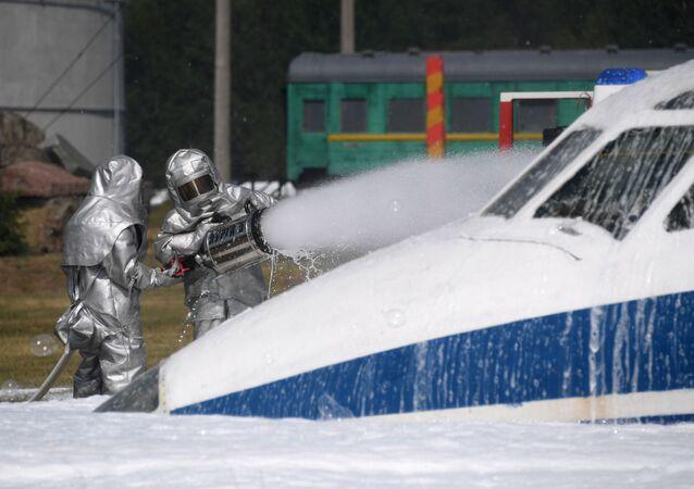 Ejercicios del Ministerio de Emergencias ruso