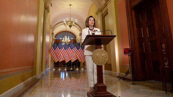 Nancy Pelosi, la presidenta de Cámara de Representantes de EEUU - Sputnik Mundo