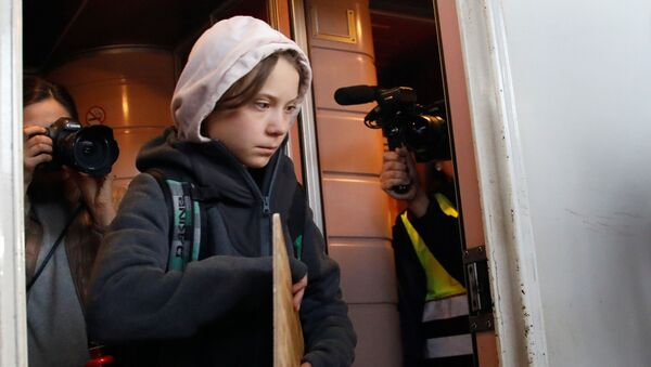 Greta Thunberg llega a Madrid - Sputnik Mundo