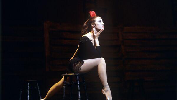 Maya Plisétskaya, la gran bailarina rusa - Sputnik Mundo