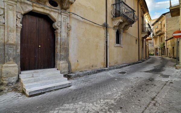 Casas a un euro en Bivona, Sicilia, esperan a quienes quieran vivir en Italia - Sputnik Mundo