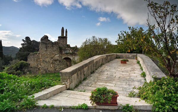 Camino empedrado en Bivona, Sicilia - Sputnik Mundo