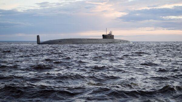 Un submarino nuclear ruso de la clase Borei - Sputnik Mundo