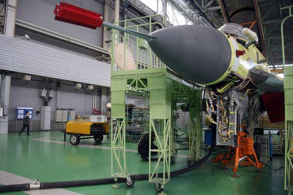 Secretos de fábrica: así se producen los legendarios cazas rusos MiG  - Sputnik Mundo