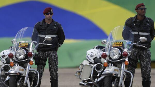 Soldados de la Fuerza Nacional de Brasil - Sputnik Mundo