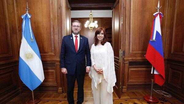 La vicepresidenta de Argentina, Cristina Fernández recibe a Konstantin Kosachev, presidente del Comité de Asuntos Internacionales del Parlamento de Rusia - Sputnik Mundo