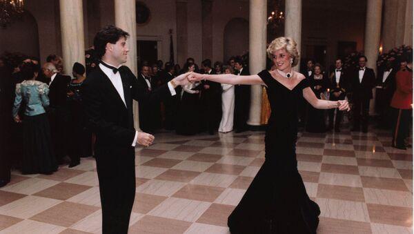 John Travolta baila con la princesa Diana en una cena en la Casa Blanca en Washington - Sputnik Mundo