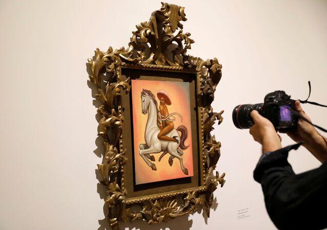 La pintura que retrata a Emiliano Zapata desnudo y con tacones