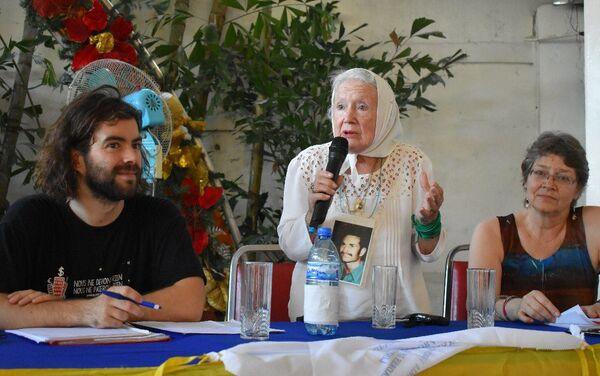 Nora Cortiñas, fundadora de las Madres de Plaza de Mayo ofrece su experiencia en Haití  - Sputnik Mundo