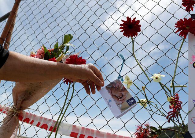 Un memorial a las víctimas de la erupción del volcán en Nueva Zelanda