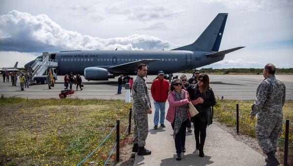 El avión Hércules C-130 de la Fuerza Aérea de Chile (FACH) - Sputnik Mundo