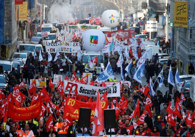 Protestas contra reformas de las pensiones en Francia