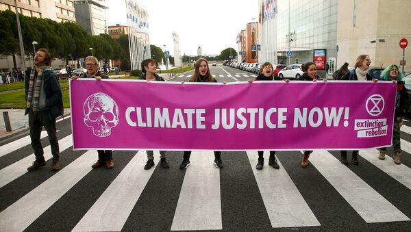 Activistas climáticos en Madrid - Sputnik Mundo