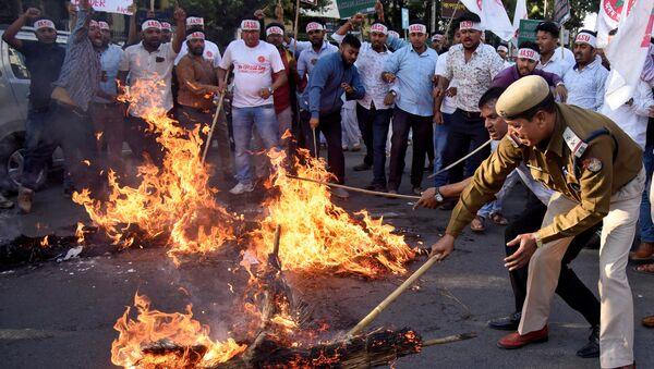Disturbios en Assam, la India - Sputnik Mundo
