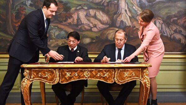 El ministro de Asuntos Exteriores de Rusia, Serguéi Lavrov, con su homólogo nicaragüense, Denis Ronaldo Moncada Colindres - Sputnik Mundo