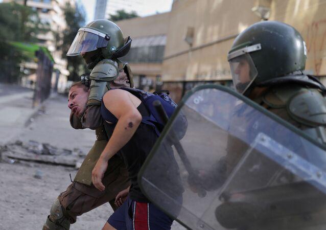 La Policía chilena durante las protestas en el país