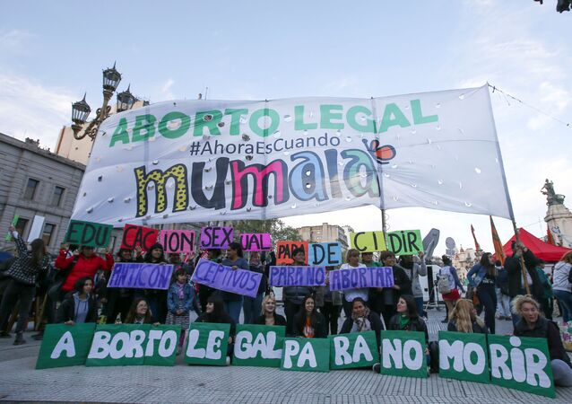 Manifestación a favor del aborto en Buenos Aires