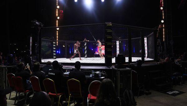 Una pelea de la MMA en Dakar, Senegal - Sputnik Mundo