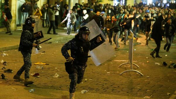 Protestas en Beirut, Líbano - Sputnik Mundo