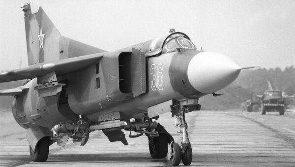 Un caza MiG-23 (archivo) - Sputnik Mundo