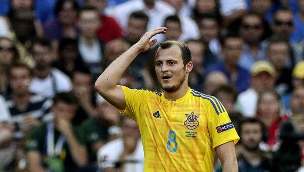 El futbolista ucraniano Román Zozulya - Sputnik Mundo