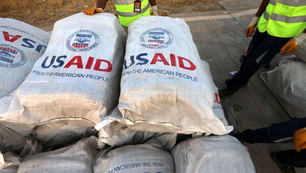 Sacos con ayuda de la USAID - Sputnik Mundo