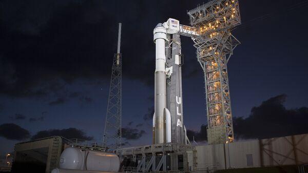 El cohete desechable Atlas V con el CST-100 Starliner  - Sputnik Mundo
