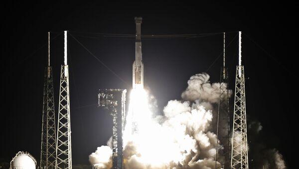 El lanzamiento de la nave no tripulada Starliner - Sputnik Mundo