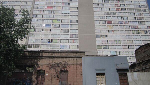Guetos verticales, en la comuna Estación Central de Santiago de Chile - Sputnik Mundo