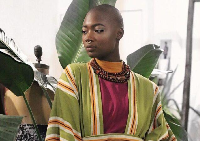 Mama Cax, modelo y activista estadounidense