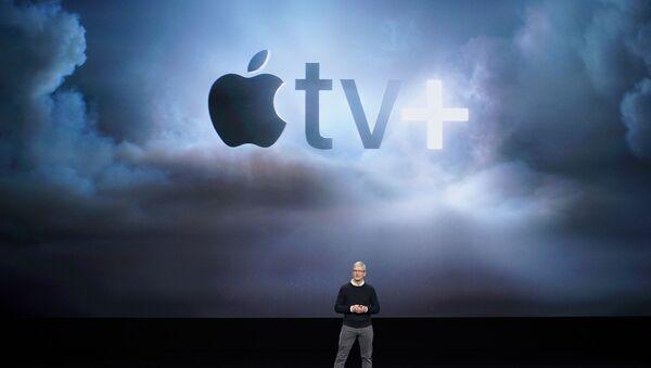 El director general de Apple Tim Cook anuncia nuevos productos durante un evento celebrado en Cupertino - Sputnik Mundo