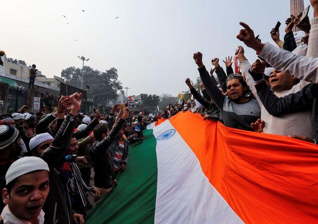 La bandera de La india durante las protestas contra la 'Enmienda a la Ciudadanía'
