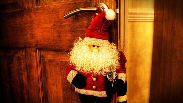 Muñeco de Santa Claus - Sputnik Mundo