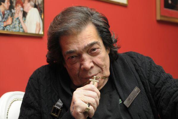 Cacho Castaña, cantante y compositor argentino - Sputnik Mundo