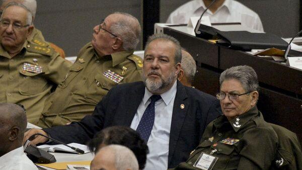Manuel Marrero (centro), nuevo primer ministro de Cuba - Sputnik Mundo