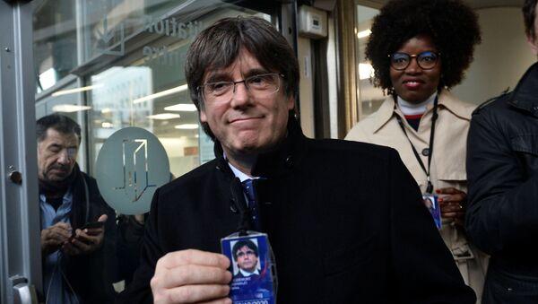 Carles Puigdemont, expresidente catalán - Sputnik Mundo