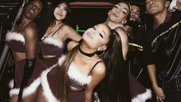 Ariana Grande, la cantante estadounidense - Sputnik Mundo
