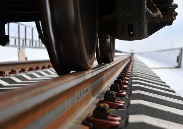 Construcción de la vía férrea del puente de Crimea