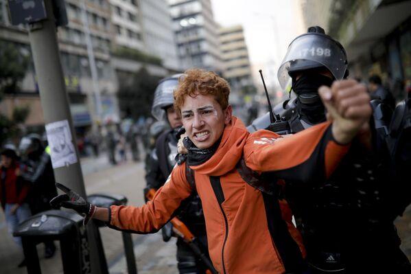 Protestas antigubernamentales en Bogotá (Colombia), el 22 de noviembre de 2019 - Sputnik Mundo