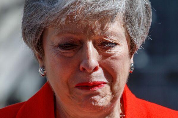 Theresa May, primer ministra de Reino Unido, tras el anuncio de su resignación en Londres, el 25 de mayo de 2019 - Sputnik Mundo