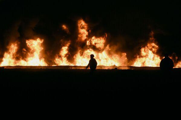 Explosión de un ducto de Tuxpan-Tula de Petróleos Mexicanos (Pemex) en Tlahuelilpan (México), el 18 de enero de 2019 - Sputnik Mundo